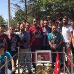 Taraftarlarımızdan 15 Temmuzun kahraman şehidi Ömer Halisdemirin ailesine ziyaret https://t.co/UsFmNzA38C https://t.co/isluU0n4zc