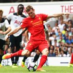 Premier League HT: Tottenham 0-1 Liverpool (Milner pen, 43) https://t.co/xroUUmPWBP https://t.co/bOWzW3fdVf