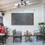 Inside #Torontos new silent film cafeŽ https://t.co/kCxyXmEHf0 https://t.co/tQYhiDXElW