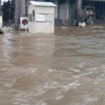 This is not a beach, this is DHA Lahore..Hun vi Sherrr?? @MaryamNSharif 😃😀😄 https://t.co/FJiqMqqWMR