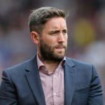 Bristol City announced a new signing at half-time... They then scored 3 second-half goals. https://t.co/Vmxcz99DQ8 https://t.co/3PAJlHOhWy