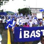 Despues de una refiera que enfrentaron los caminantes azul y blanco entraron a Masaya @lapensa @hoynoticia https://t.co/6Bhv5YJ8rb