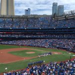 Oh @BlueJays! How I have missed you! #backattheballpark #OurMoment https://t.co/26MsznQ38Z
