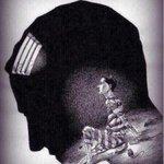 الأوهام التي تصنعها في عقلك الباطن ستصبح مخاوف يصعب التخلص منها في المستقبل  تخلص الآن من سجن الأوهام https://t.co/mqyHAs3zbe