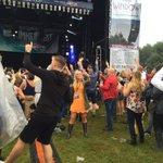 People enjoying The Solihull Summer Fest @SummerSolihull 🎤💃🏼despite the rain! https://t.co/bVFKFBBaWv