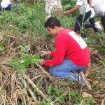 Hoy participando en jornada de Reforestación organizada por @MiAmbientePma #ReforestaPanama @CruzRojaPanama https://t.co/nex7hRJnvA