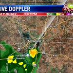 (3:07pm) Little shower trying to go up near #SanAngelo country club. Moving slowly north. #TXwx #KLST https://t.co/WnielFHnys