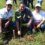 @MiAmbientePma #ReforestaPanama Área de Las Malvinas IPT La Pintada con Ministro Luis E. Carles de @Mitradel, Coclé. https://t.co/hDduTdpzMs