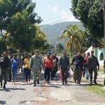 #GESTION En unión cívico-militar se realizó #JornadaIntegral y recorrido por la comunidad de Playa Colorada #Cumana https://t.co/K6195ou0c6