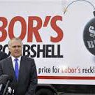 """The """"mountain of debt"""" is $158.2 billion higher under the LNP @TurnbullMalcolm #notagile https://t.co/BvJ02qRnIf"""