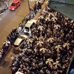 La foto de Hertor fabio Valencia nos muestra protestando @labandadeleje en camerino y los Twitteros en casa ✊💦 https://t.co/GhrsNguNtX