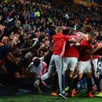 Menang di menit akhir selalu menyenangkan! 🔴🔴🔴 #MUFC https://t.co/ShNmLk90qS