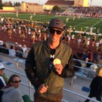 Former Charger &  Olympic Gold Medalist Tom Shields joins us for our 1st 🏈 game! #ProudToBeACharger #AlwaysACharger https://t.co/EtBHPK5pt1