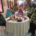 Silaturahmi ibu Mensos dengan Mubarok Food & Muslimat NU Kudus rangkaian kjng di Jepara @ganjarpranowo @KemensosRI https://t.co/XuxIW6EpyK