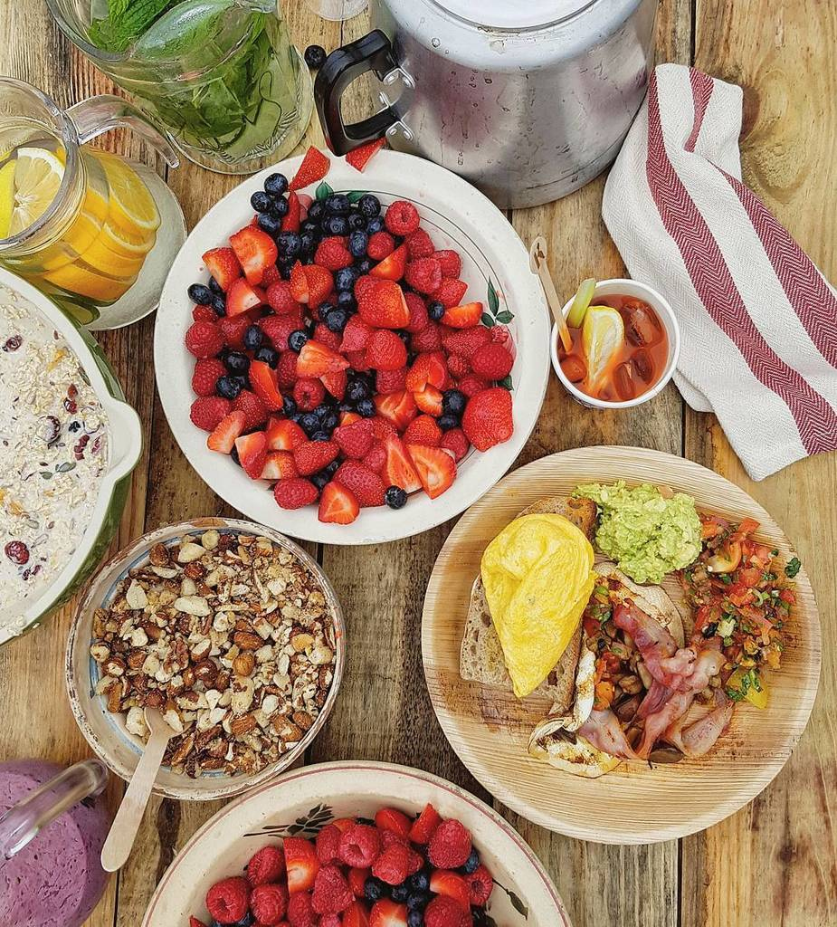 RT @Clerkenwell_Boy: Beautiful breakfast cooked by @jamieoliver x @thebigfeastival ???????????????????????????????????????? More behind the s… https://t.co/e2WwfurXgV ht…