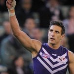 Pav has played in 90% of Freo wins since his debut. ...and 75% of all @FremantleFC wins. #ThanksPav @6prfootball https://t.co/rKddA7BoKW