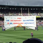 Lot of respect for @mattpav29 great banners from both sets of supporters #ThanksPav #AFLFreoDogs https://t.co/osINFLtcne