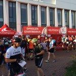 Vanochtend de @MollemaTocht. 2000 enthousiaste fietsers voor @BaukeMollema en @FietsvoorHuis. Top evenement! https://t.co/vNgGYbCSGN