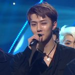 Xiumin, Lay and Sehun giving their winning speeches on Inkigayo https://t.co/HMpet7rBje #Lotto3rdWin https://t.co/NFh0nEeyxY