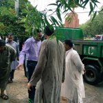 #Sindh Local Govt Minister @jamkhanshoro visiting different areas of #Karachi to check dewatering work https://t.co/zRZR56COrM
