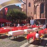#Mainz05 feiert 05er Sommerfest im Schatten des Doms! Es geht los mit Oliver Mager ... ☀️☀️☀️ https://t.co/fvliG8MbGp