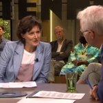 """Psychiater Cobie Groenendijk in #Buitenhof: """"Het zorgstelsel deugt niet."""" https://t.co/Q4Ek0lp6qc"""