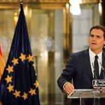 Un pacto por la igualdad de todos los españoles, por la Soberanía Nacional, por la UNIÓN: EL PACTO POR ESPAÑA. https://t.co/NcInZgSQGw