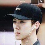 160828 #SEHUN @ Incheon Airport cr: AIOLOS https://t.co/dMU87nkaXV