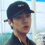160828 #SEHUN @ Incheon Airport cr: Twomoon https://t.co/cakW0o4t9n