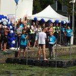 @mvdweijden benadrukt het belang van extra € voor kankeronderzoek bij start #swim015 @SwimtoFC015 https://t.co/0LKa48PjQU