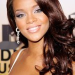 Big night for @rihanna at #VMAs - see what she & the #VMAs look like 10 years ago https://t.co/TbAYmCK7xB https://t.co/pl46yMDlFW