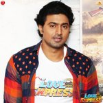 Catch @idevadhikari tonight expressing all the serious fun happened while filming #LoveExpress, 8pm on News Time. https://t.co/FcypZwRZin