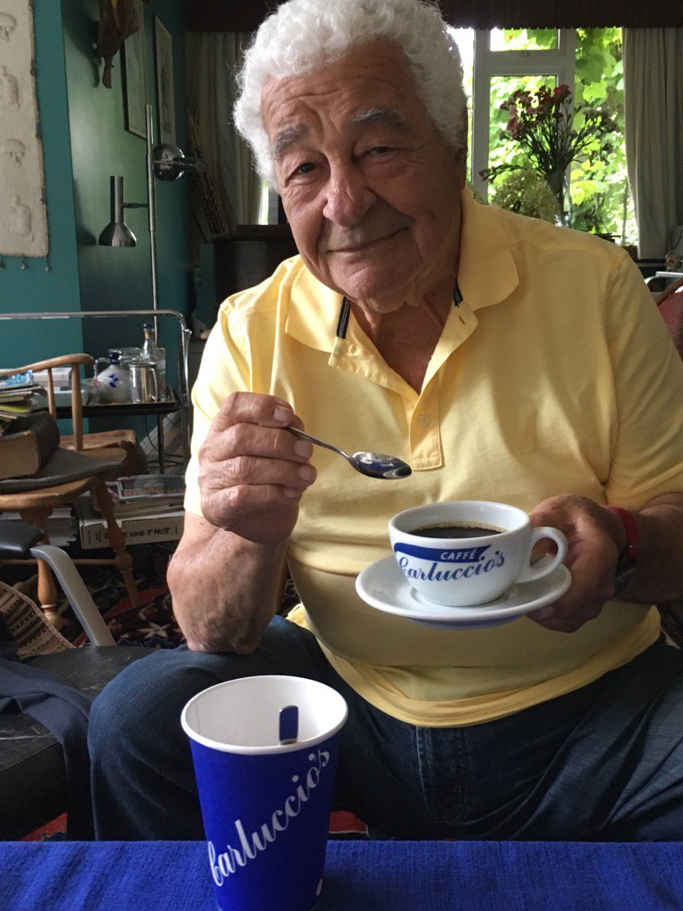 @Carluccios   Will donate 10p each cup of coffee sold  to  Red Cross Italian Earthquake appeal @CirioUK @ItalyinUK https://t.co/MuBT8IH3tl