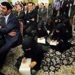 #SoyFeministaPorque defiendo el derecho de las mujeres que eligen libremente vestir con burka y sentarse en el suelo https://t.co/4lnPW0B2F9