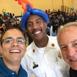Great to be at Charles Houston w/@AlexVASheriff to help my colleague Willie Bailey help kids gets ready for School! https://t.co/wjoIoOzFea