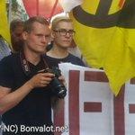 """IB-Photograph Fabian Rusnjak """"Gibt es ein Problem"""" und will Bilder unterbinden. #blockit https://t.co/U0aEhFcwYJ"""