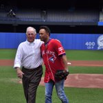 Throwing out todays special Canada Baseball Day first pitch is Pat Gillick and catching is Roberto Alomar. https://t.co/FXn7WusURW