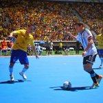 #SabíasQue En Brasil se llenó una cancha de fútbol de 60.000 personas para ver un Brasil - Argentina de #Futsal https://t.co/dd1qfa6tOK