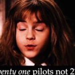 I cant help but using this meme every time someone says 21 pilots and im not even sorry https://t.co/BI0gvt2P8g