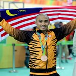 Sime Darby rewards Olympic bronze medalist Azizulhasni RM100,000