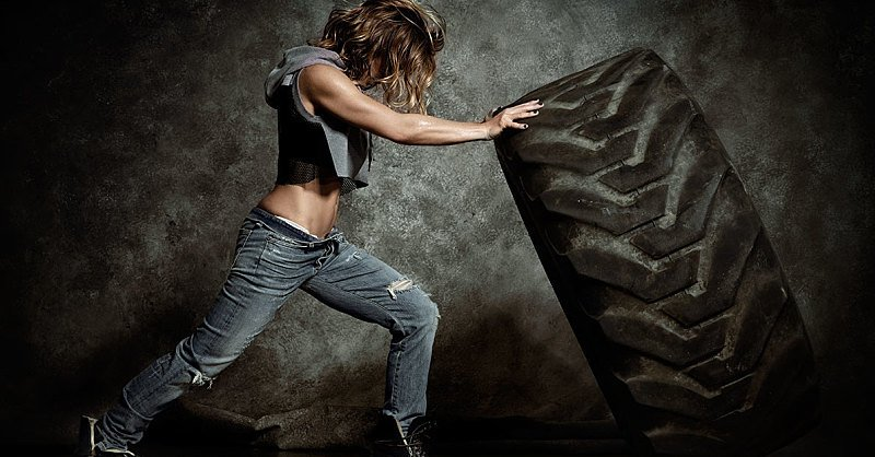 The 20-Minute Jillian Michaels Workout to Boost Power and Strength