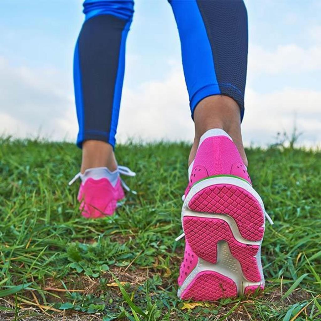 Plantar Fasciitis Treatment and Causes: 6 Things Every Fit Girl Must