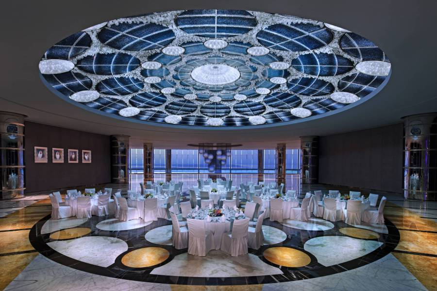 A true Arabian hospitality at Jumeirah at Etihad Tower! Read more: