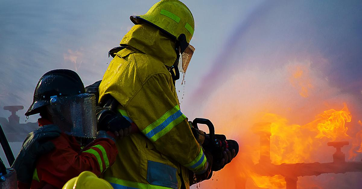 Legislation aims to help firefighters in the face of higher #cancer risk: https://t.co/BmQweRnA2J https://t.co/dzmtkAOTDZ