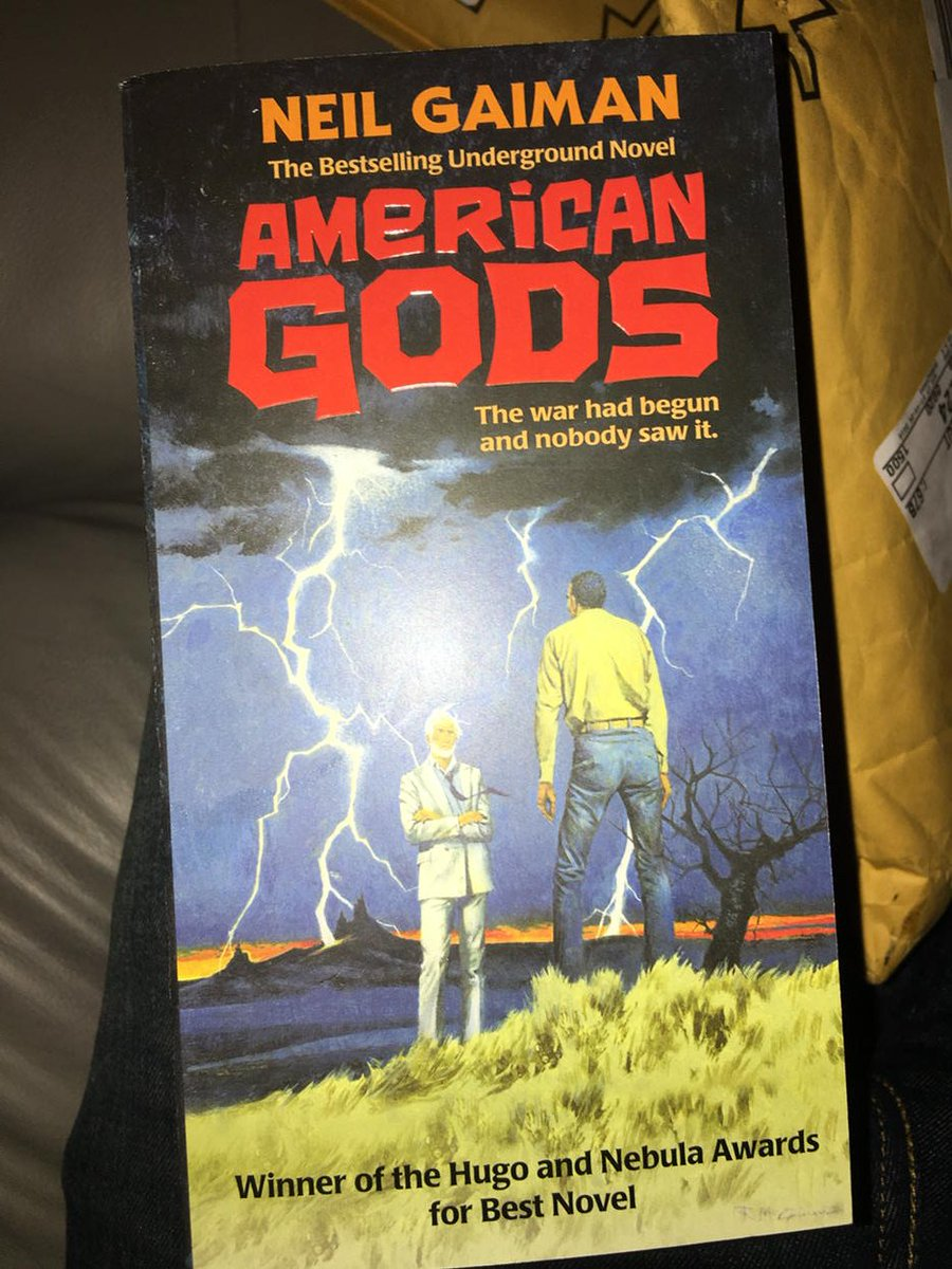 The new cover of @neilhimself's AMERICAN GODS looks stunning. Covers like this put Kindle out of business. https://t.co/OkCjyqSYhX