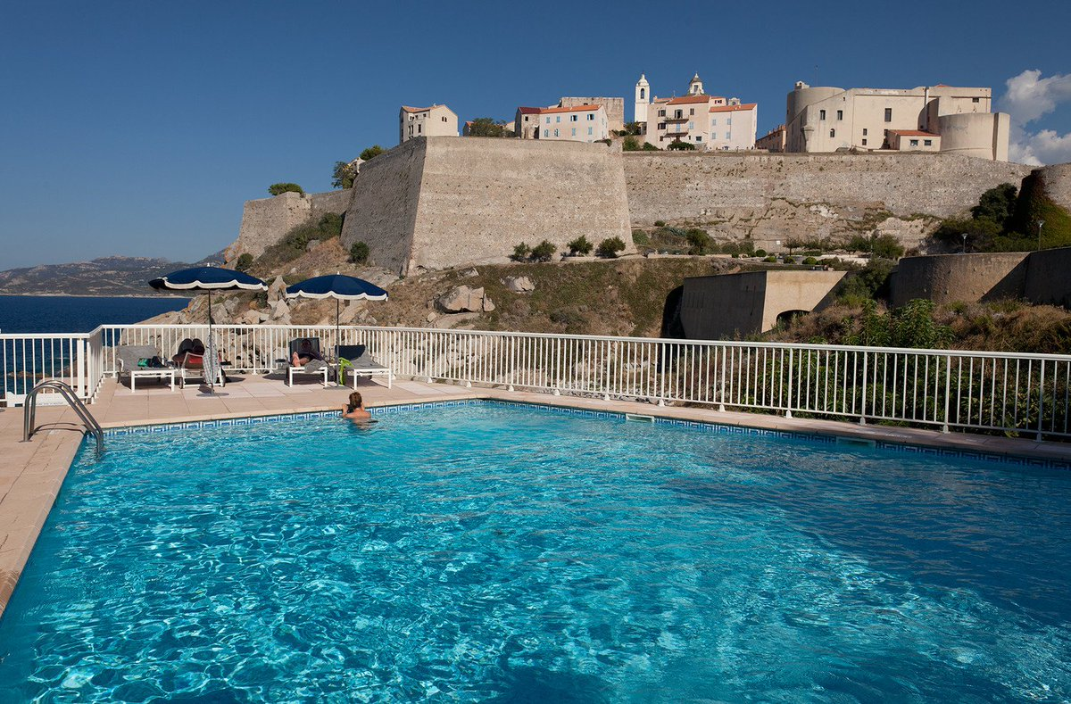 Join @Corsicanplaces in the town of Calvi for £699pp! Flight, hotel and transfers included!