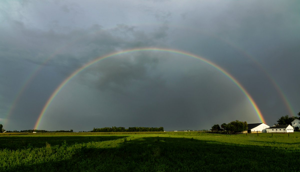 Yesterday's double rainbow. #fortwayne https://t.co/JLUpjvqhlf