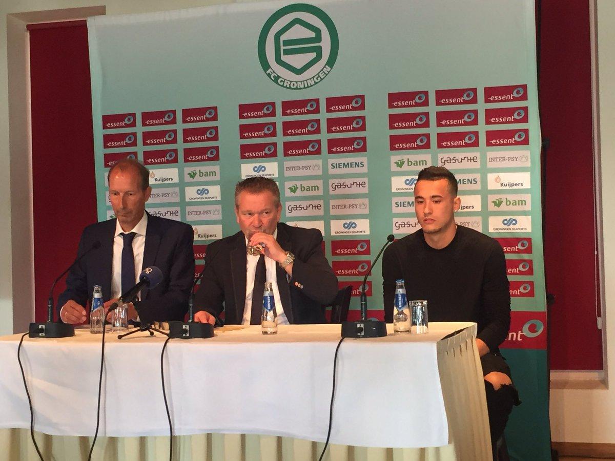 Jason Davidson wordt gepresenteerd als nieuwste aanwinst van FC Groningen. https://t.co/PbpVfdEhpP