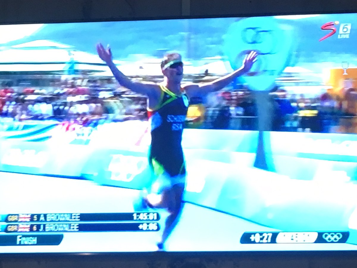 The biggest BMT I have ever seen. Period. @H_Schoeman #olympic bronze medalist!!!#triatlon #teamSArise https://t.co/HqzhYR6aQ1