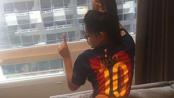 RT @InfobaeAmerica: Miss BumBum felicitó en Instagram a Lionel Messi por ganar la Supercopa https://t.co/8x3ta6C7Ta https://t.co/18LySnsxAg